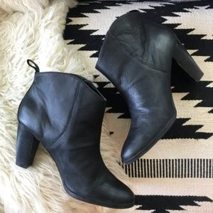 GAP | Black Leather Heeled Ankle Booties